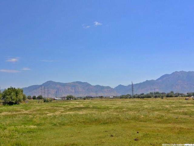 4912 W 2700 S, Taylor, UT 84401 (#1650385) :: Big Key Real Estate