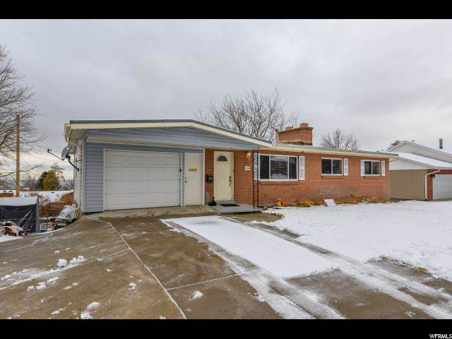 129 N 800 E, Bountiful, UT 84010 (#1650417) :: The Canovo Group