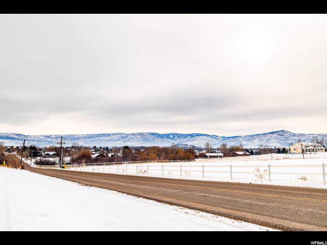 664 W Cari Ln N, Midway, UT 84049 (#1650841) :: Exit Realty Success