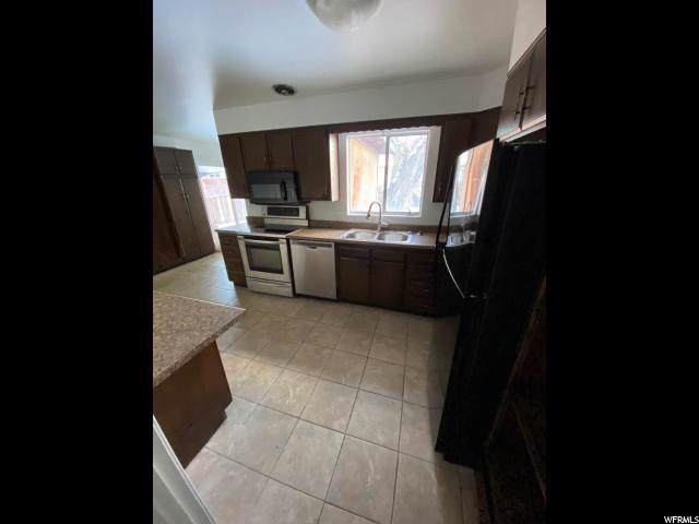 1126 E 3745 S, Salt Lake City, UT 84106 (#1651275) :: Big Key Real Estate