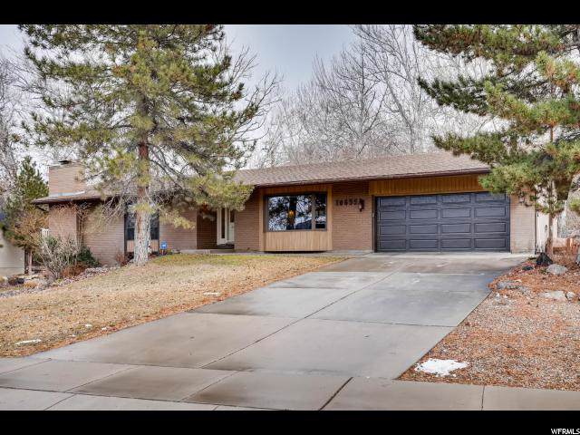 10655 S Crescent Bend, Sandy, UT 84070 (#1651304) :: Colemere Realty Associates
