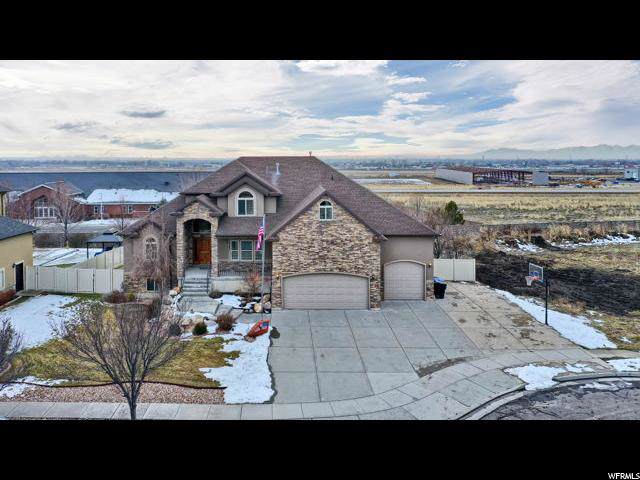 1347 W 3100 N, Pleasant View, UT 84414 (#1651423) :: Keller Williams Legacy