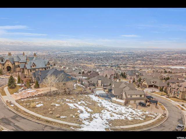 14242 S Canyon Vine Cv E, Draper, UT 84020 (#1651518) :: Berkshire Hathaway HomeServices Elite Real Estate