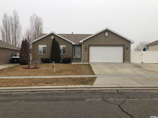 3217 S Hunter View Dr W, West Valley City, UT 84128 (#1651632) :: Colemere Realty Associates
