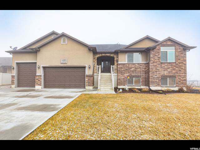 5676 W 5725 S, Hooper, UT 84315 (#1652059) :: Doxey Real Estate Group