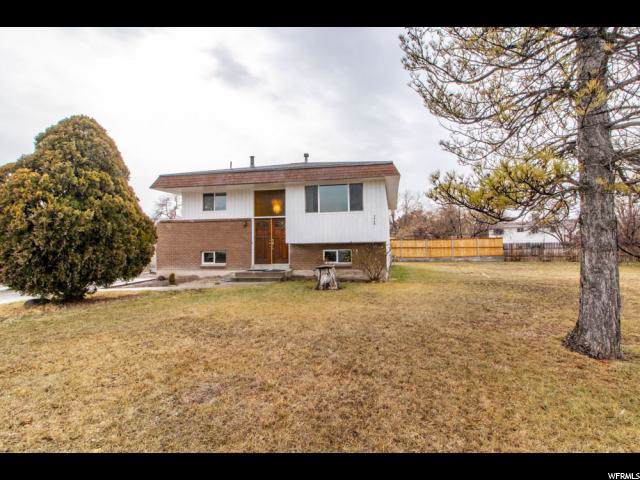 3040 S Dennis Cir W, West Valley City, UT 84120 (#1652108) :: goBE Realty