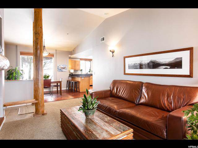 1600 Pinebrook Blvd I-8, Park City, UT 84098 (#1652673) :: RE/MAX Equity