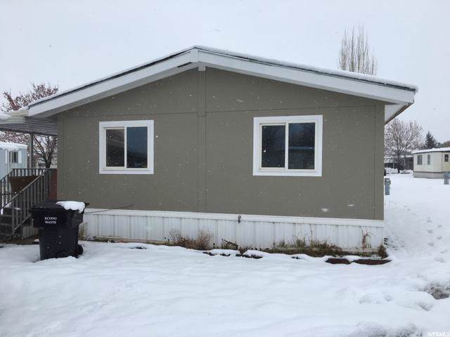 1350 W 300 N #20, Clearfield, UT 84015 (#1652861) :: Doxey Real Estate Group