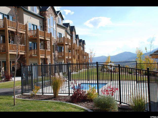 5060 Lakeview Dr #1107, Eden, UT 84310 (#1652960) :: RE/MAX Equity
