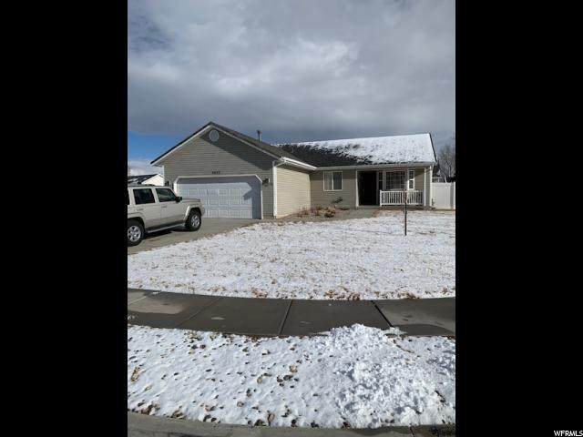 5452 S 4100 W, Roy, UT 84067 (#1653504) :: RE/MAX Equity