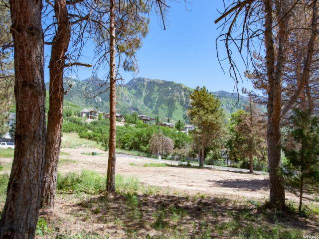10275 S Dimple Dell Rd, Sandy, UT 84092 (#1654675) :: goBE Realty