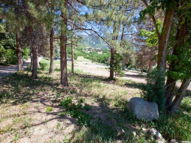 10253 S Dimple Dell Rd, Sandy, UT 84092 (#1654685) :: goBE Realty
