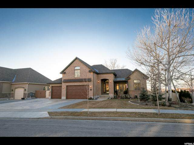 10614 S Crescent Bend Dr, Sandy, UT 84070 (#1654870) :: Big Key Real Estate