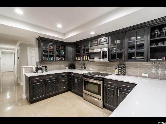 48 W 300 S #2105, Salt Lake City, UT 84101 (#1654878) :: goBE Realty