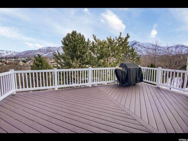 864 E Holroyd Dr, South Ogden, UT 84403 (#1654897) :: Doxey Real Estate Group
