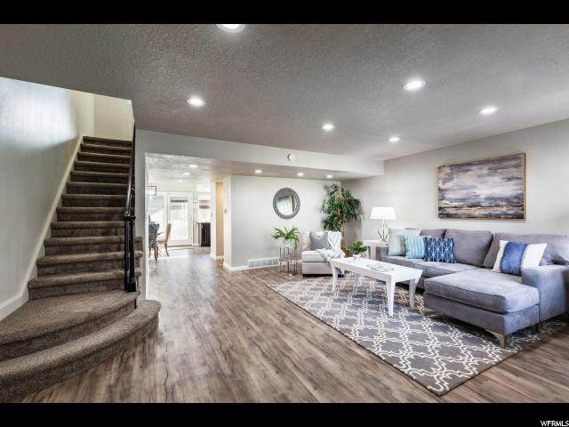 4893 S 1710 E, Holladay, UT 84117 (#1654906) :: Colemere Realty Associates