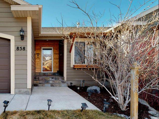 858 S Cambridge Cir W, Tooele, UT 84074 (#1655134) :: Big Key Real Estate