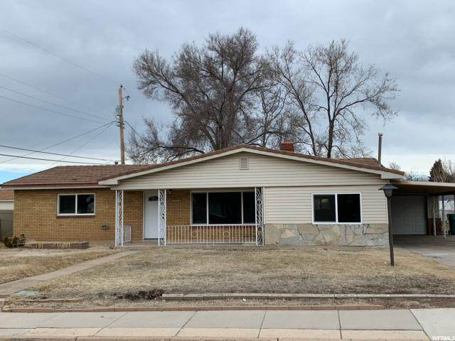 2264 W 5400 S, Roy, UT 84067 (#1655196) :: RE/MAX Equity