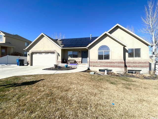 308 W Hillside Dr S, Saratoga Springs, UT 84045 (#1655237) :: Big Key Real Estate