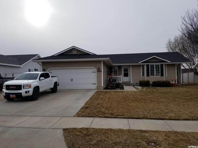 5309 S 4050 W, Roy, UT 84067 (#1655300) :: Doxey Real Estate Group