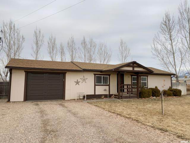 160 W Center St, Meadow, UT 84644 (#1655329) :: Red Sign Team