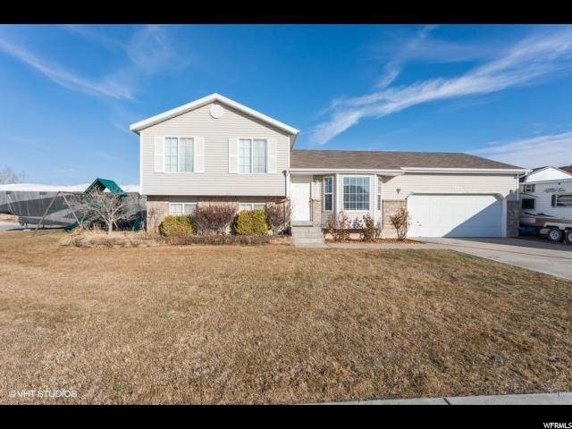 1554 N 2225 W, Clinton, UT 84015 (#1655622) :: Doxey Real Estate Group