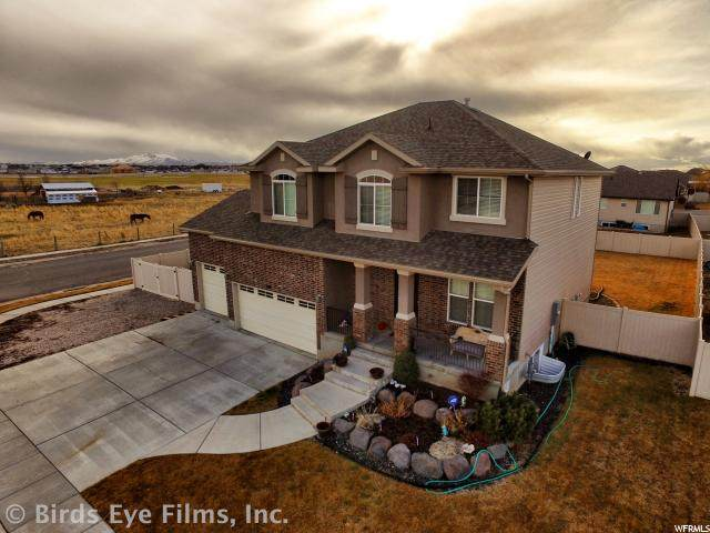 5891 S 4500 W, Hooper, UT 84315 (#1655696) :: Doxey Real Estate Group