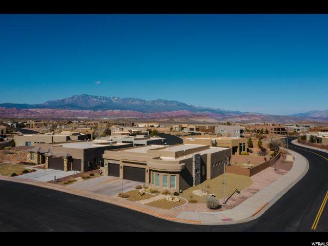 5442 W Desert Hollow Ln, Hurricane, UT 84737 (#1656347) :: Big Key Real Estate
