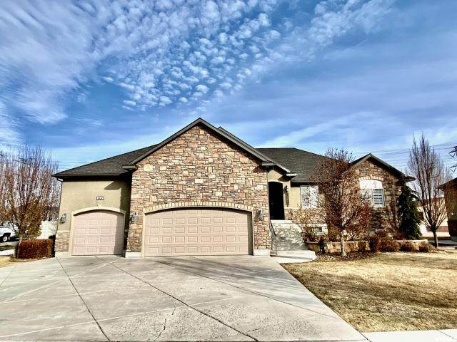 2638 S 3300 W, West Haven, UT 84401 (#1656605) :: goBE Realty