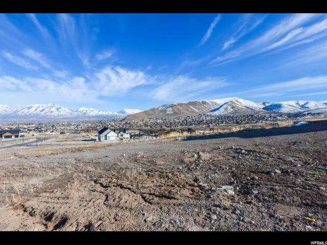7303 W Summit Crest Cir, Herriman, UT 84096 (MLS #1657272) :: Lawson Real Estate Team - Engel & Völkers