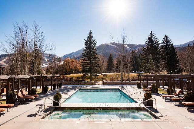2001 Park Ave #102, Park City, UT 84060 (#1660825) :: Belknap Team