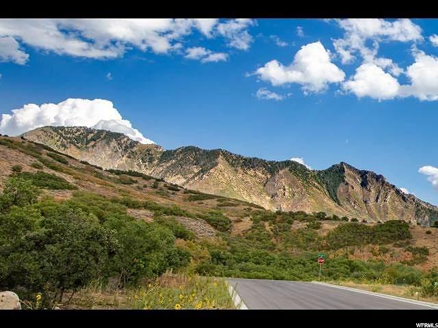 2210 N Three Falls Way, Alpine, UT 84004 (#1662668) :: goBE Realty