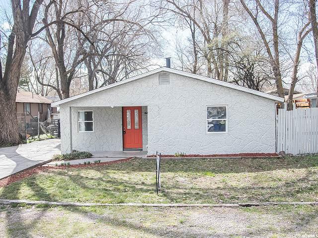 1545 Russett Ave, West Valley City, UT 84119 (#1663549) :: Bustos Real Estate | Keller Williams Utah Realtors
