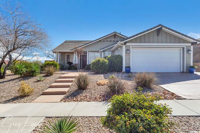 2692 E Clear Point Dr, Washington, UT 84780 (#1663576) :: Red Sign Team