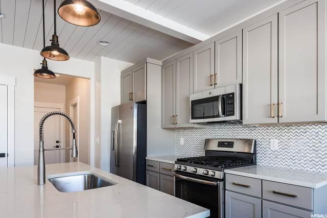 13734 N Jordnalle Pkwy J6, Heber City, UT 84032 (#1663941) :: Utah Best Real Estate Team | Century 21 Everest