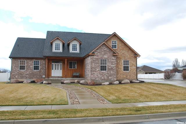 733 W 3300 S, Syracuse, UT 84075 (MLS #1663948) :: Lookout Real Estate Group