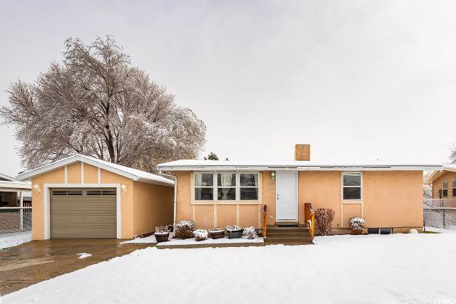 4999 S Brimley Way W, Taylorsville, UT 84129 (#1664051) :: RE/MAX Equity