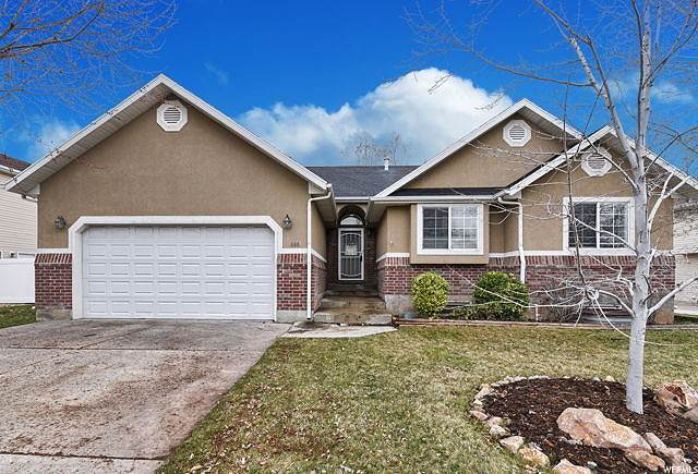 686 E 2050 S, Clearfield, UT 84015 (#1664333) :: Utah Best Real Estate Team | Century 21 Everest