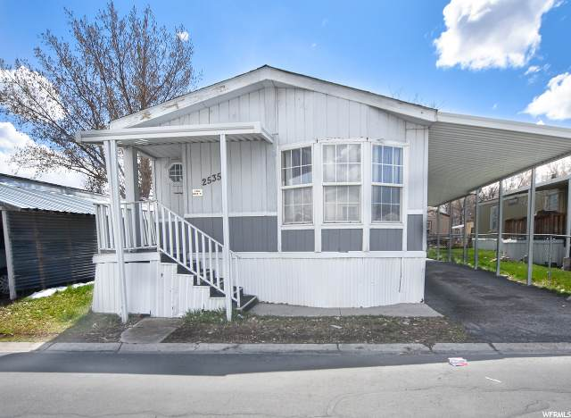 2535 W 2745 S, West Valley City, UT 84119 (#1664422) :: Colemere Realty Associates