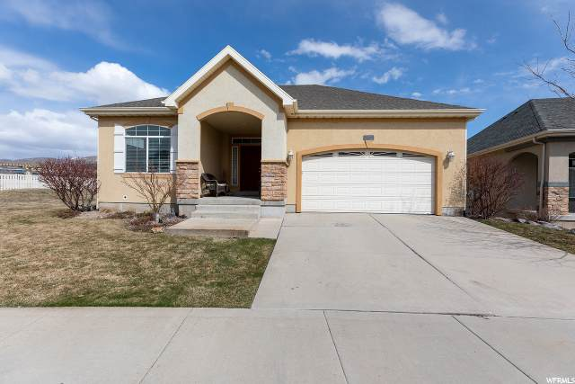 2832 N Turnberry Ln, Lehi, UT 84043 (#1664588) :: goBE Realty