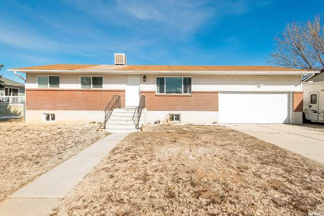 765 W 650 N, Clearfield, UT 84015 (#1664697) :: Doxey Real Estate Group