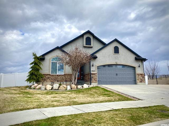 1905 S Sam Cir, Clearfield, UT 84015 (#1664756) :: Doxey Real Estate Group