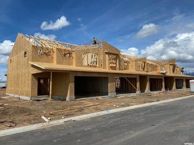 1855 S Courtney Way W #4, West Haven, UT 84401 (#1664797) :: Colemere Realty Associates