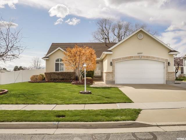 2207 N 900 W, Layton, UT 84041 (#1664802) :: Utah Best Real Estate Team | Century 21 Everest