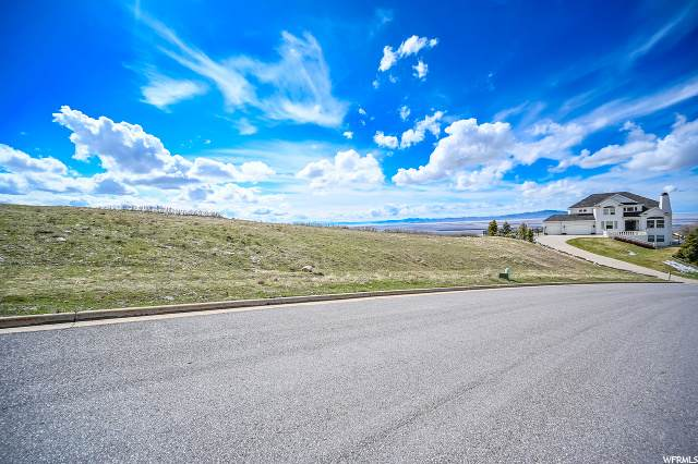 1084 E Sunset Hollow Dr S, Bountiful, UT 84010 (#1664816) :: REALTY ONE GROUP ARETE