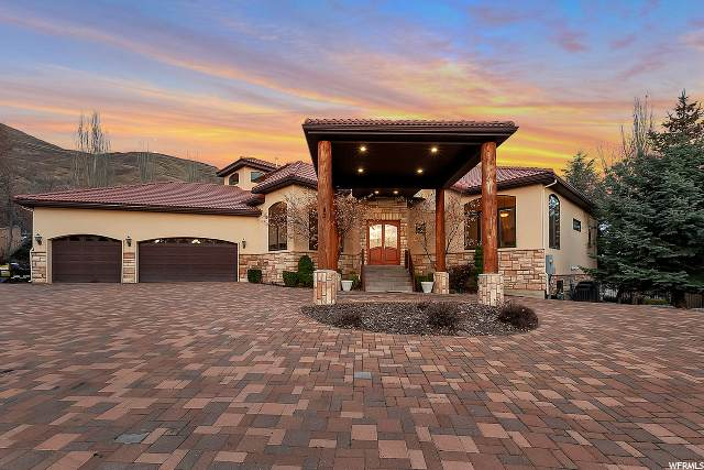 183 S Dry Canyon Dr, Lindon, UT 84042 (#1664878) :: goBE Realty