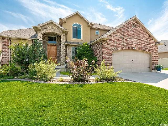 557 W 2975 S, Syracuse, UT 84075 (#1664889) :: Doxey Real Estate Group