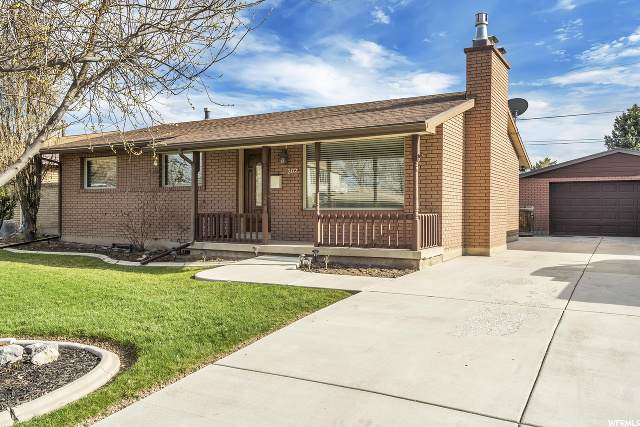 202 E Marla Way, Midvale, UT 84047 (#1664945) :: Bustos Real Estate | Keller Williams Utah Realtors