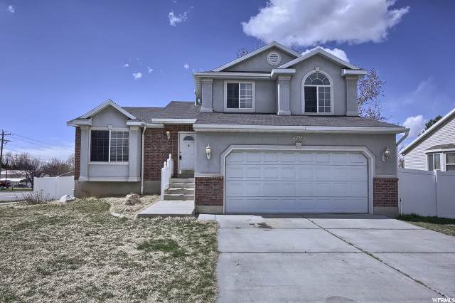 4793 S 3025 W, Roy, UT 84067 (#1665036) :: Doxey Real Estate Group