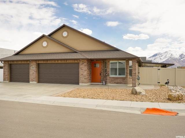 2696 S 2225 W, West Haven, UT 84401 (#1665167) :: goBE Realty